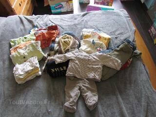 Lots de vêtements de garçon 0 -18 mois