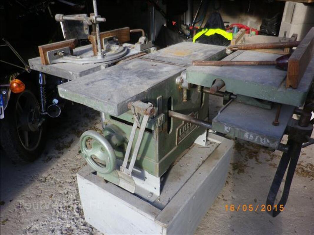 Machine à bois LUREM 105356458