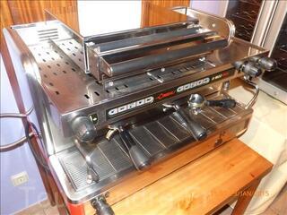Machine à café Cimbali M22 PLUS en excellent état