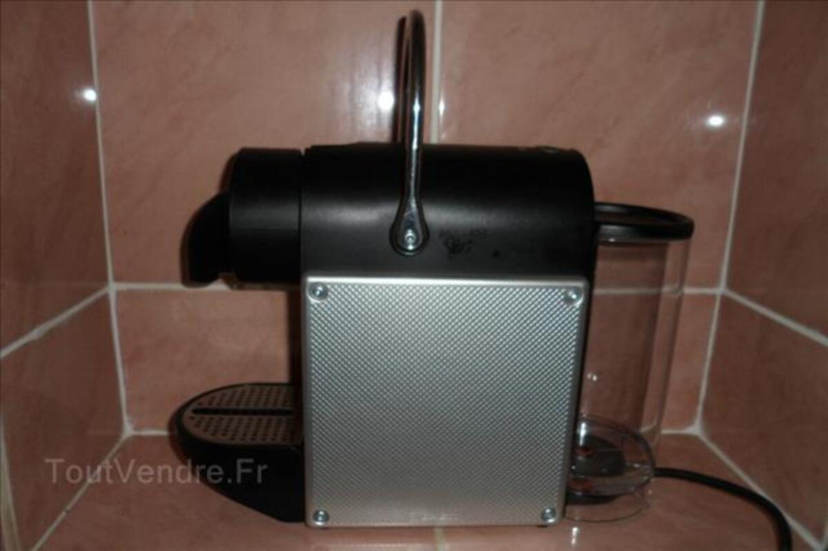 Machine à café Nespresso 87978596