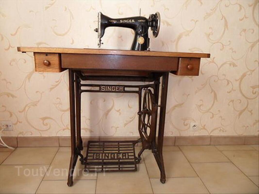MACHINE à COUDRE ancienne SINGER N° SA081895 88204559