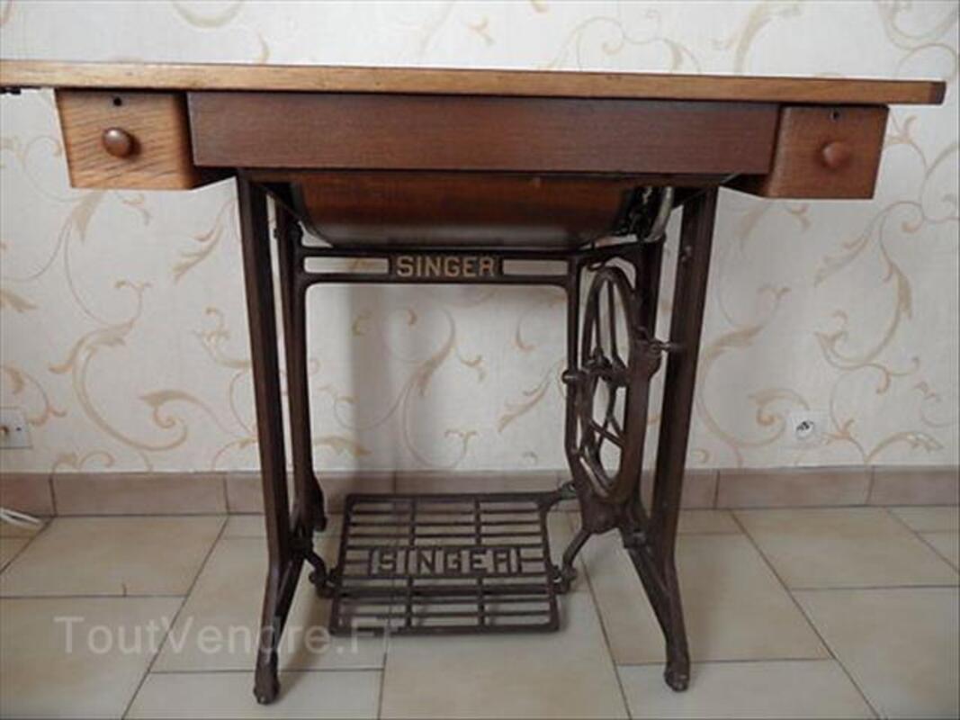 MACHINE à COUDRE ancienne SINGER N° SA081895 88204561