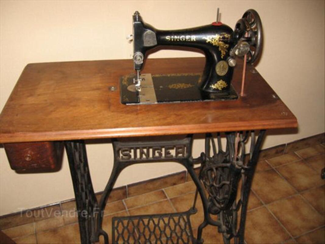 Machine à coudre ancienne SINGER 64474165