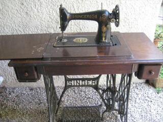 MACHINE A COUDRE ANCIENNE SINGER