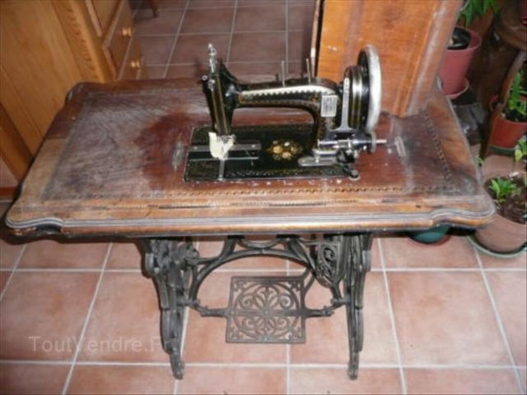 MACHINE A COUDRE ANCIENNE 68004417