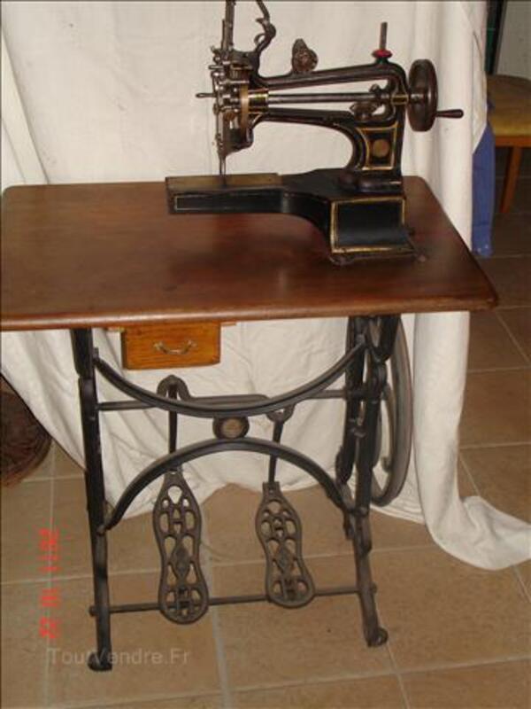 Machine à coudre collection 46861327