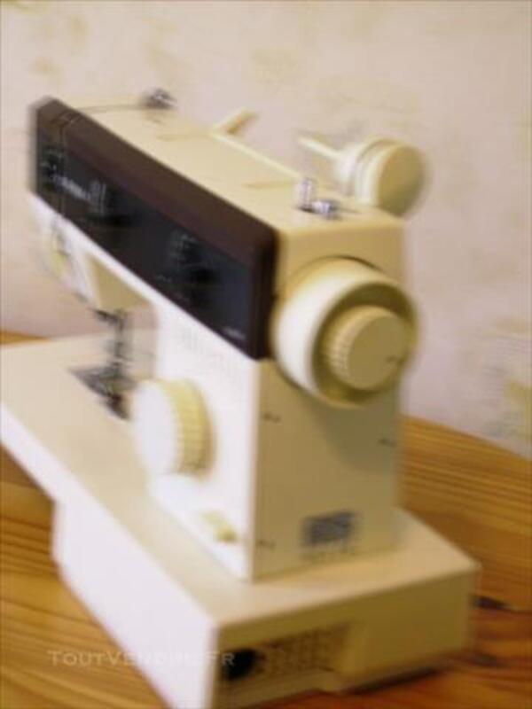 Machine à coudre électrique SINGER 86274710