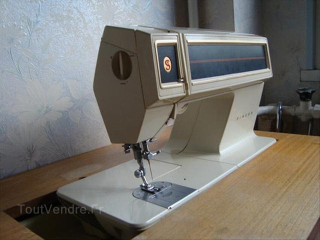 Machine à coudre SINGER Futura 2001 + meuble 54589913