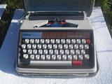 MACHINE A ECRIRE ANCIENNE  BROTHER DELUXE 1350