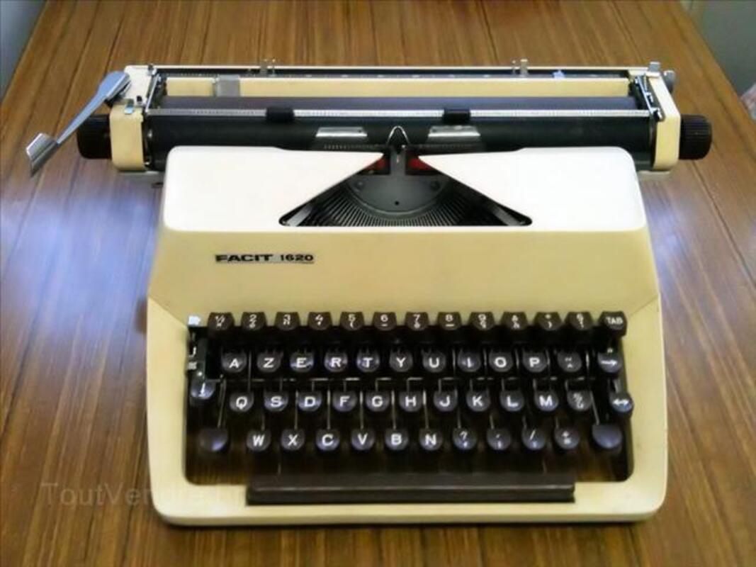 Machine à écrire FACIT 1620 4564