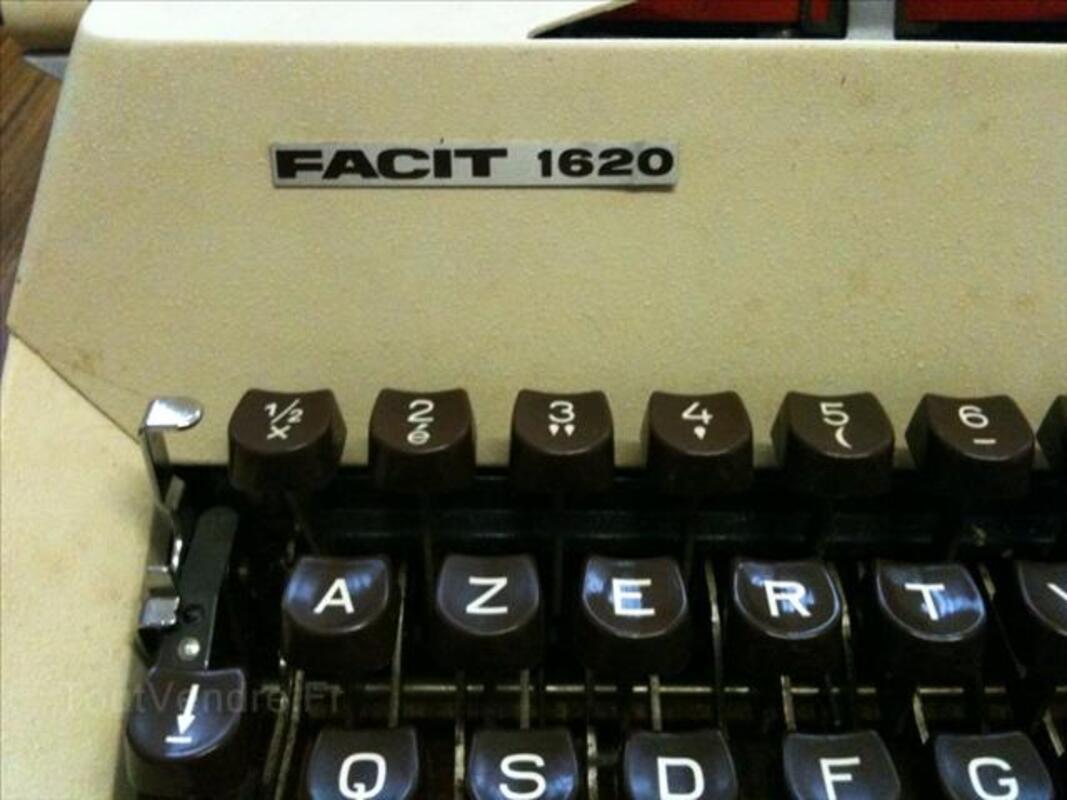 Machine à écrire FACIT 1620 4565