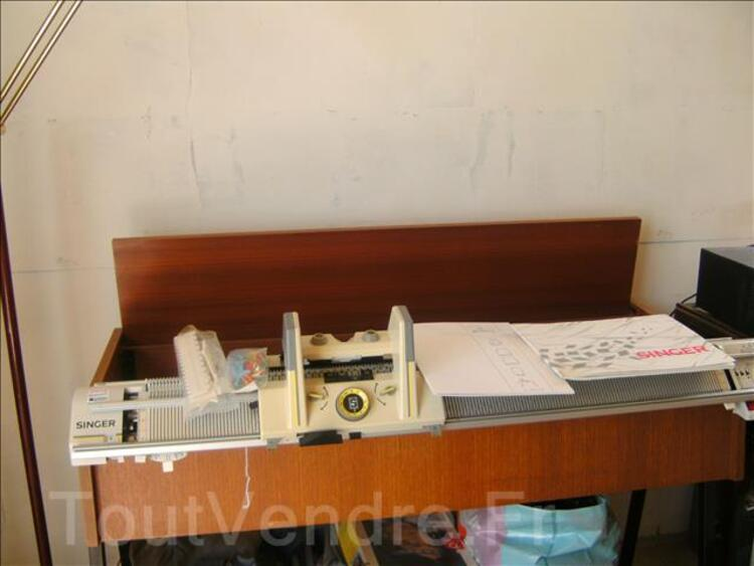 Machine a tricoter 86777611