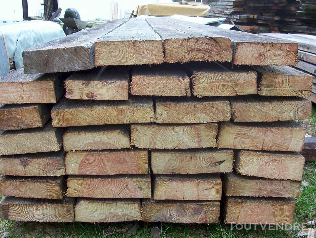 Madriers en vieux bois 114068062