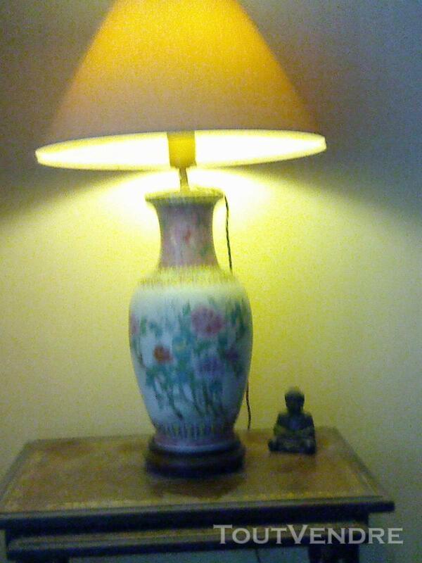 Magnifique lampe en porcelaine 257176433