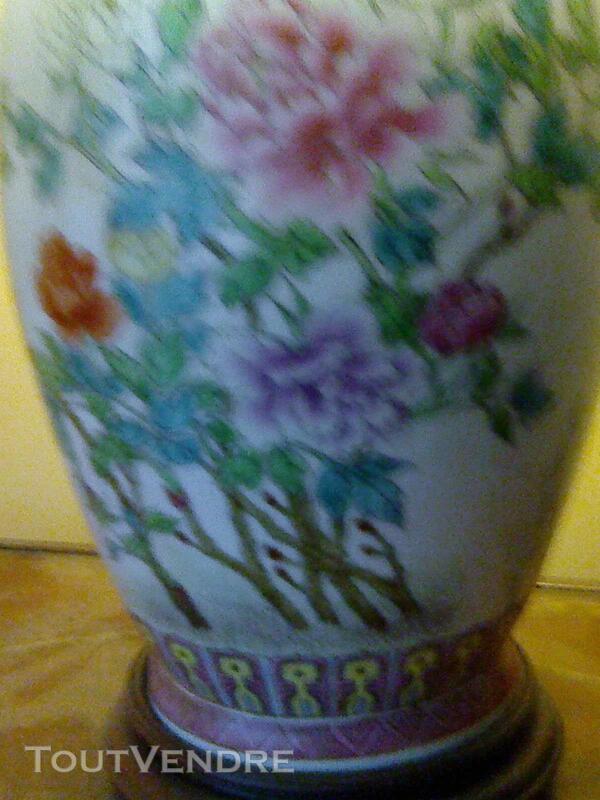 Magnifique lampe en porcelaine 257176637