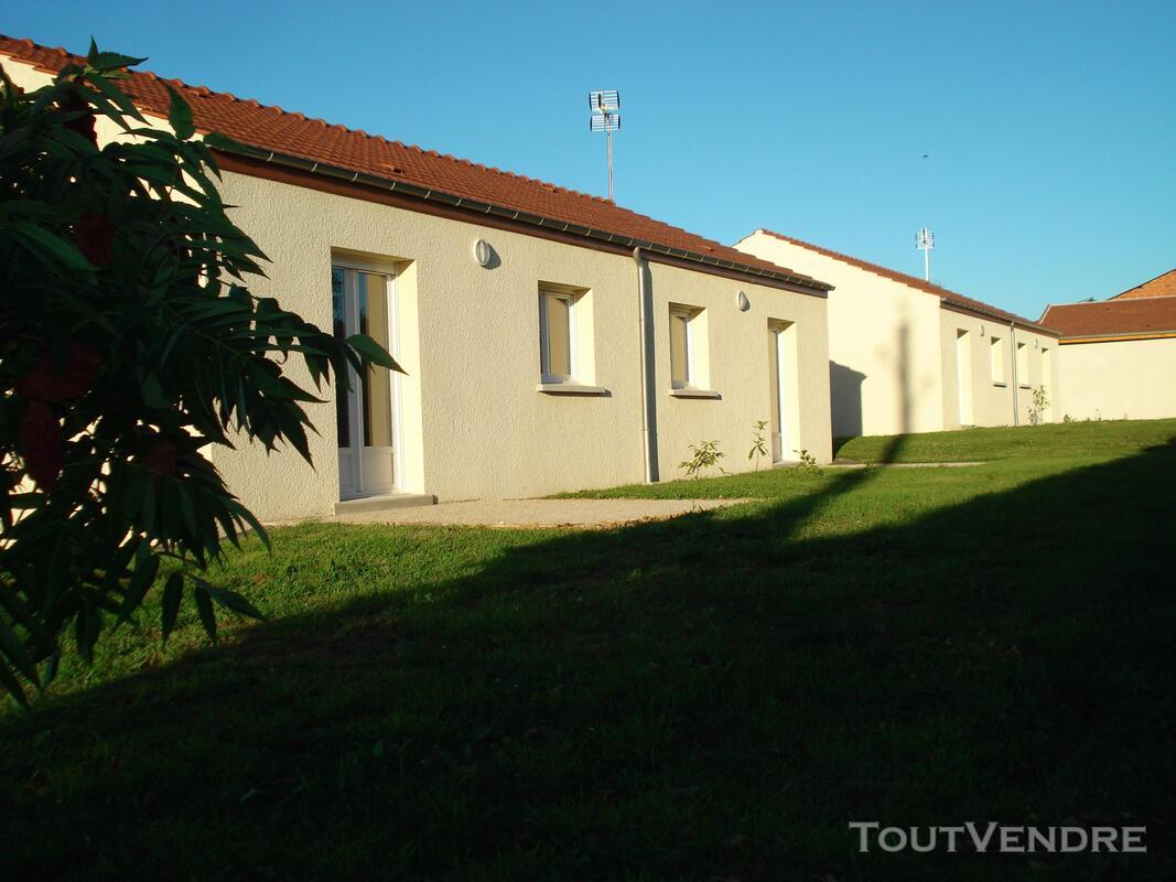 Maison dans résidence services pour seniors autonomes 171303420