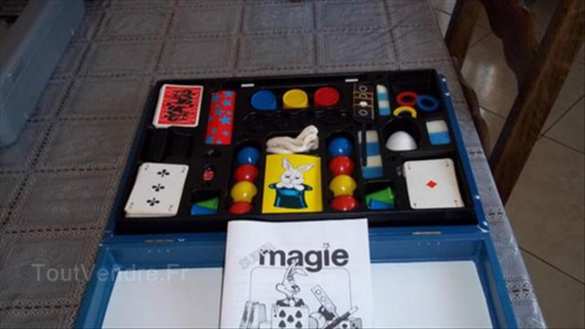 "Malette ""MAGIE"" 150 tours 87922476"
