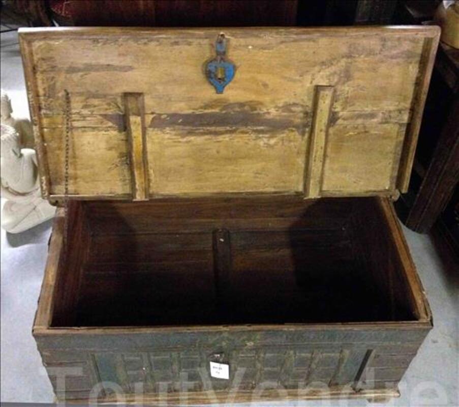 Malle ou coffre ancien avec ferrure - H: 51 cm 97376181