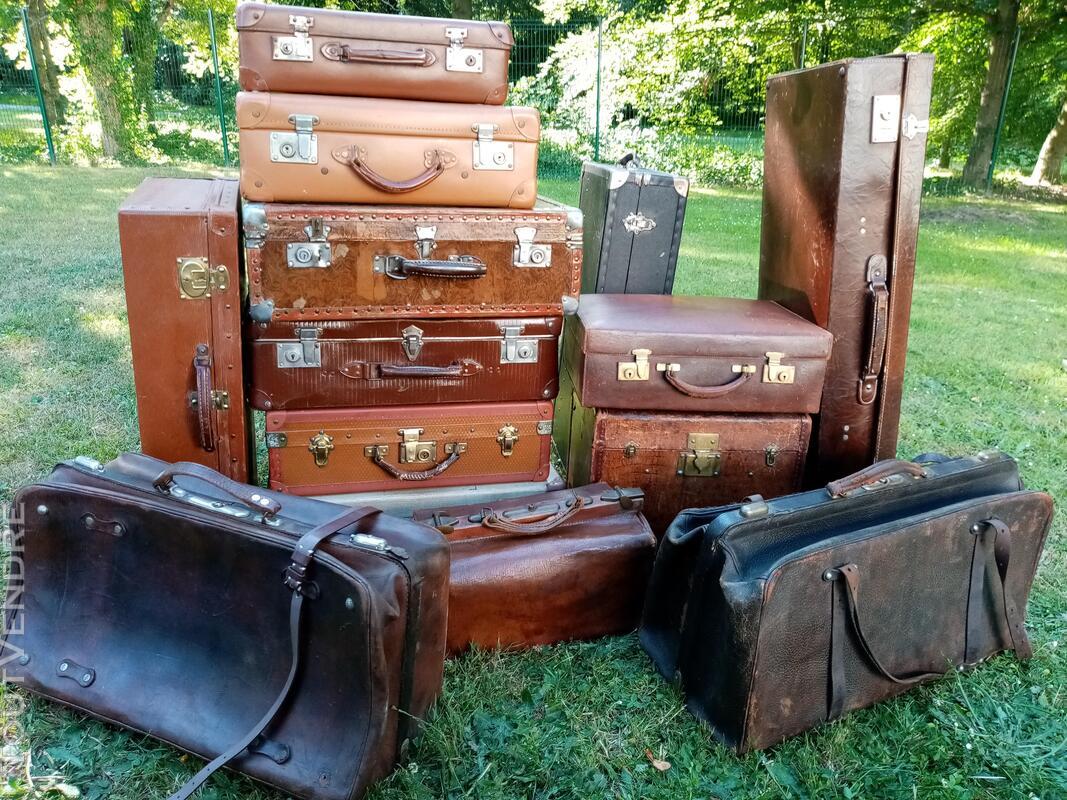 Malles coffres valises anciennes 702240160