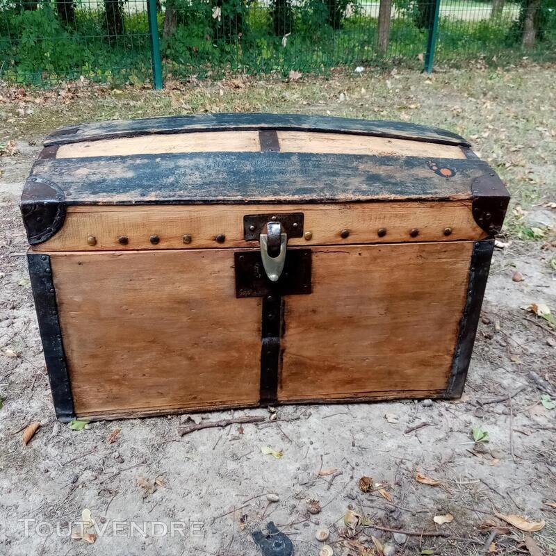 Malles coffres valises anciennes 702240811