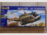 MAQUETTE BELL UH-1H 1/32