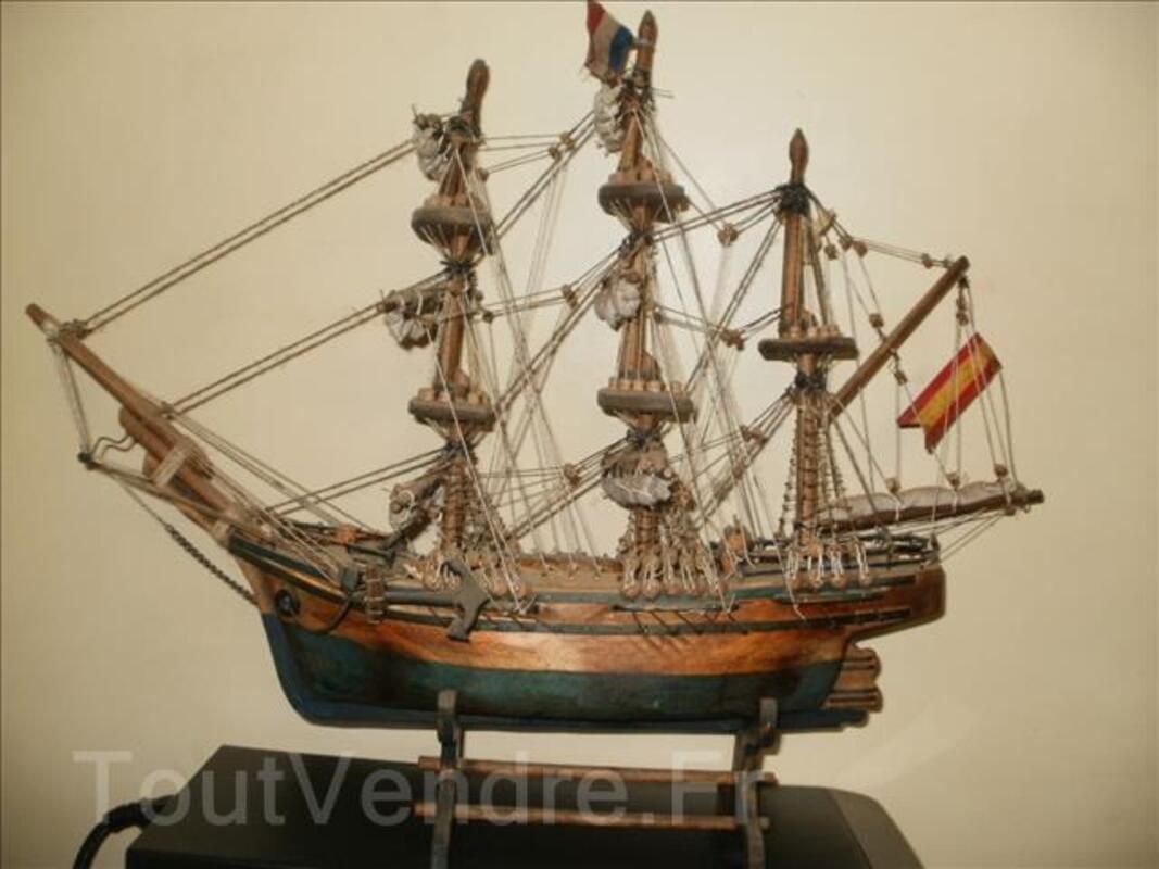 Maquette vaisseau artisanal signée 96748819