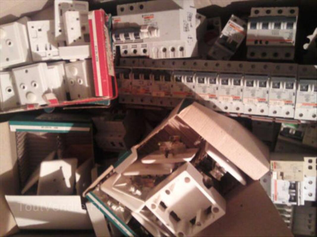 Matériel électrique/électronique pour mesure, protectio 56122877