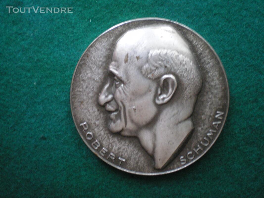 Médaille Robert SCHUMAN 144199243