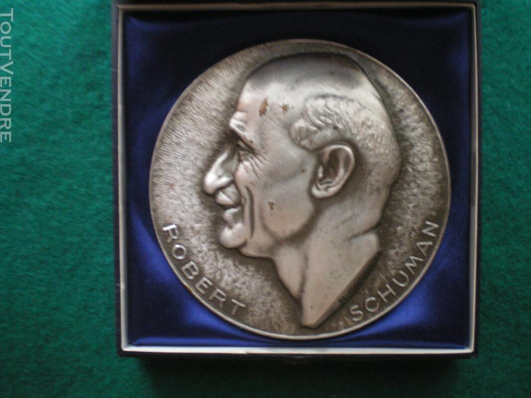 Médaille Robert SCHUMAN 144199245