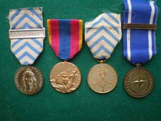 Médailles Reconnaissance de la Nation Otan etc...