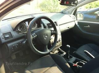Mercedes CLASSE A 150 blue efficiency