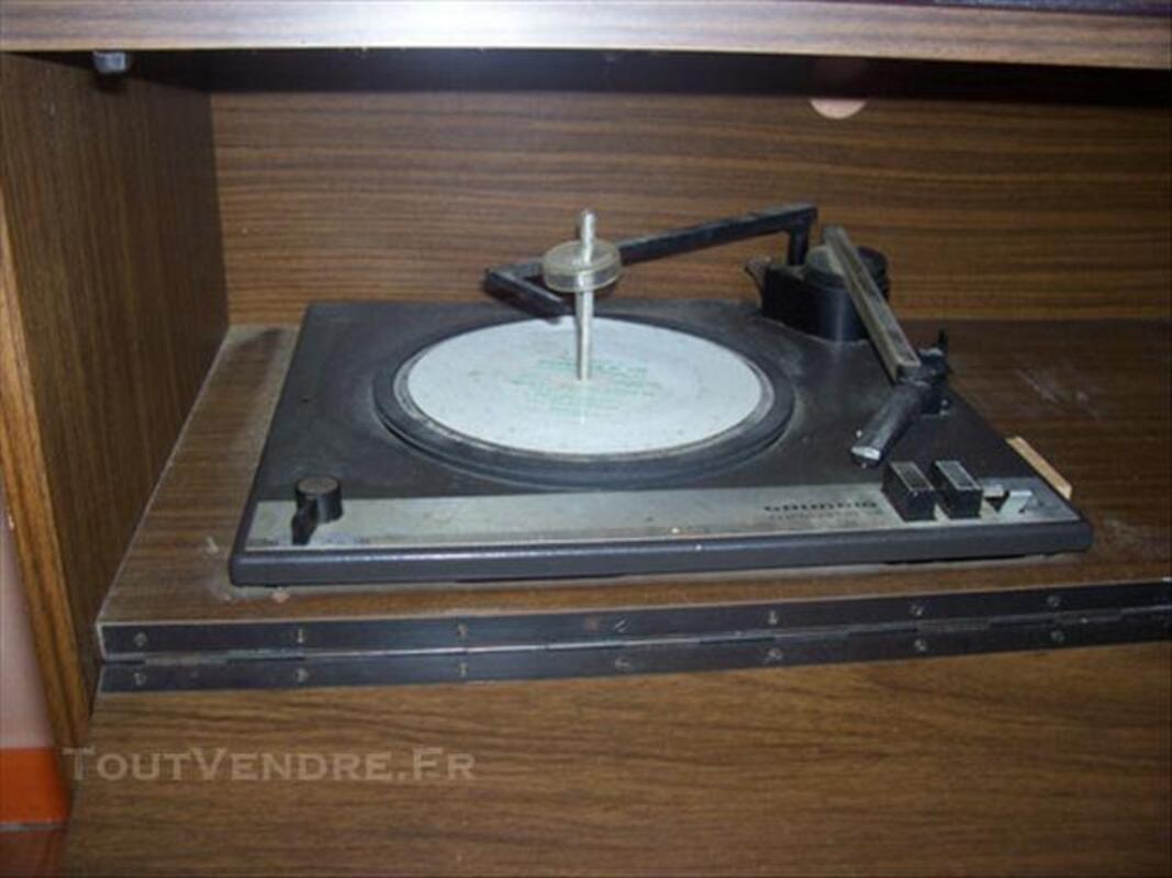 Meuble combiné radio- tourne disque vintage GRUNDIG 76202697