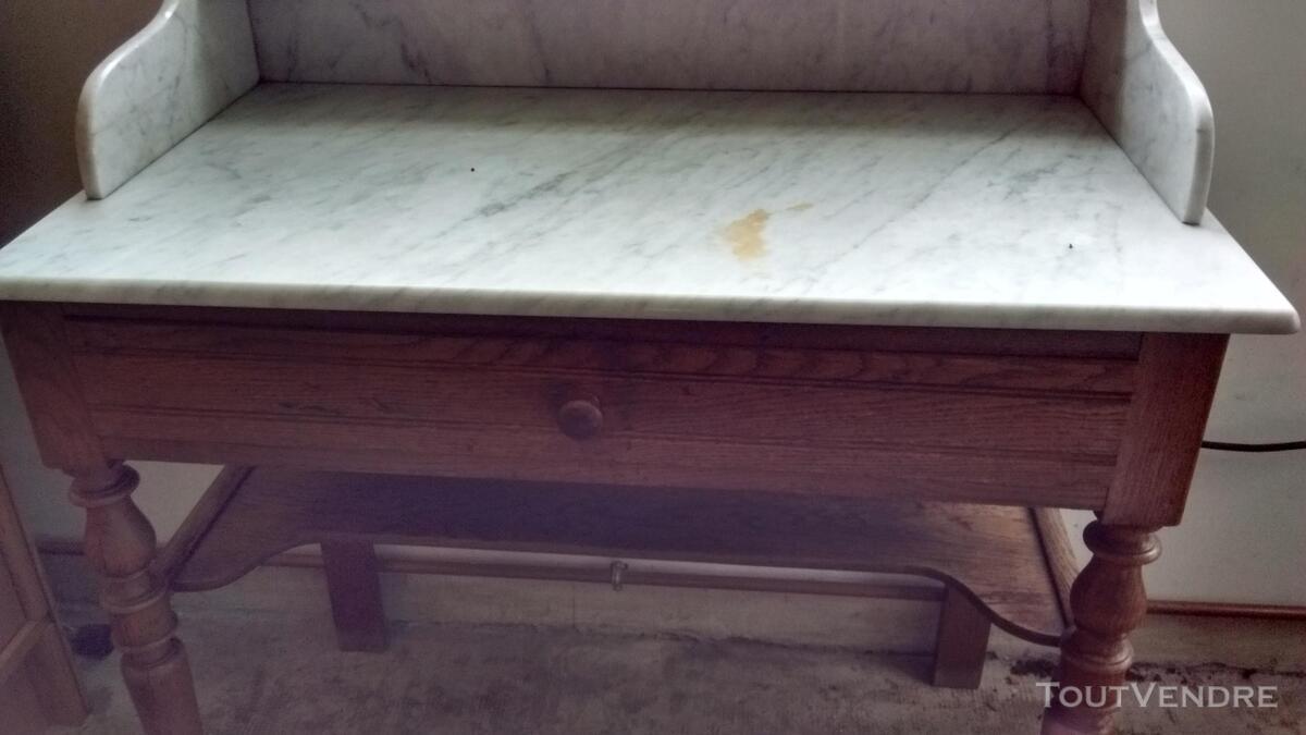 Meuble de toilette ancien avec dessus marbre 195131934