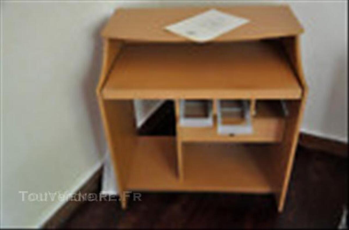 Meuble informatique IKEA modèle Carlos 44994555