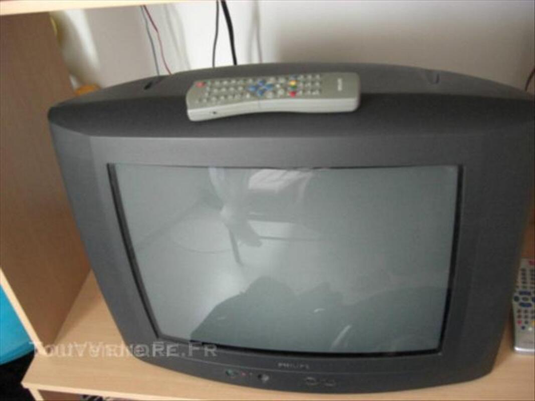 Meuble Tv couleur hêtre+possibilité tv quasi neuve 44691146