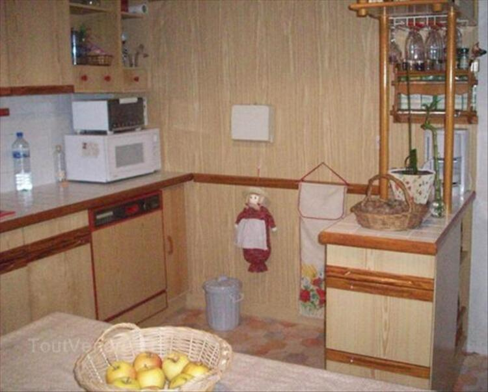 Meubles de cuisine aménagée. 54529219