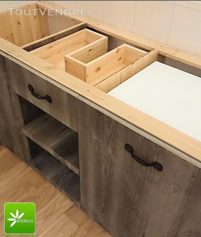 Meubles de salle de bain en vieux bois 487877543