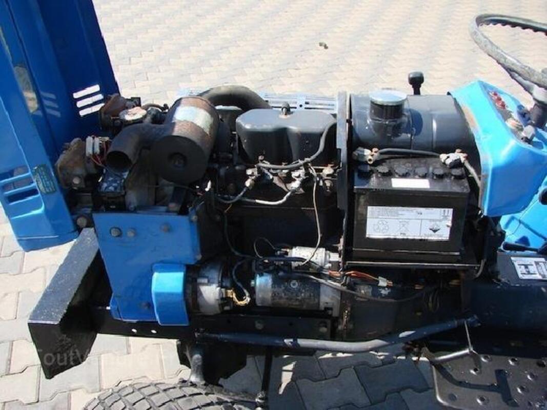 Micro tracteur Iseki TX 1300 F 102518443