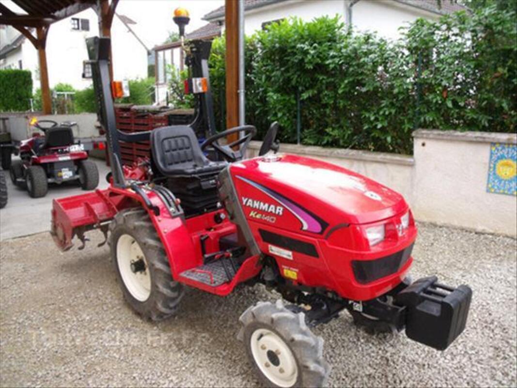 Micro tracteur yanmar KE 140 avec fraise et charrue 44976931