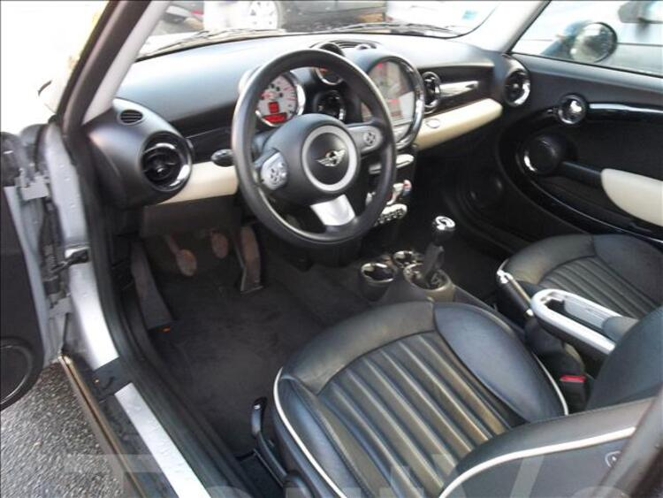 MINI COOPER D CLUBMAN PACK CHILIE 1600D TURBO 95056338