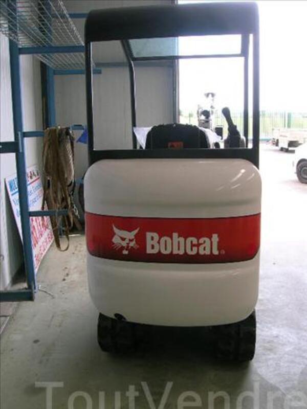 Mini pelle BOBCAT E16 37809701