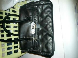Mini sac noir .