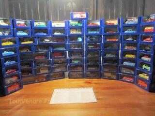 Miniature TINTIN collection complète des 70 voitures