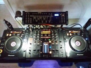 Mixeur DJ Pioneer DJM 2000, 2 CDJ 1000 MK2