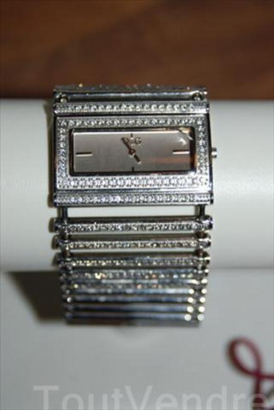 Montre Dolce et Gabbana femme 54696927