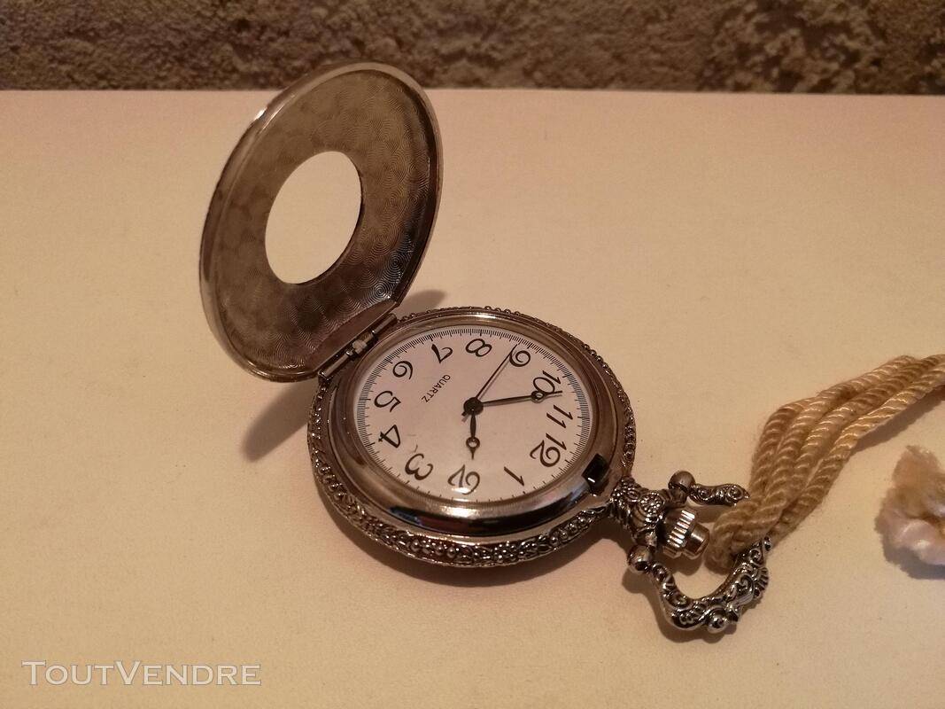 Montre Gousset Guillochée Femme couleur argent suxn 320232731