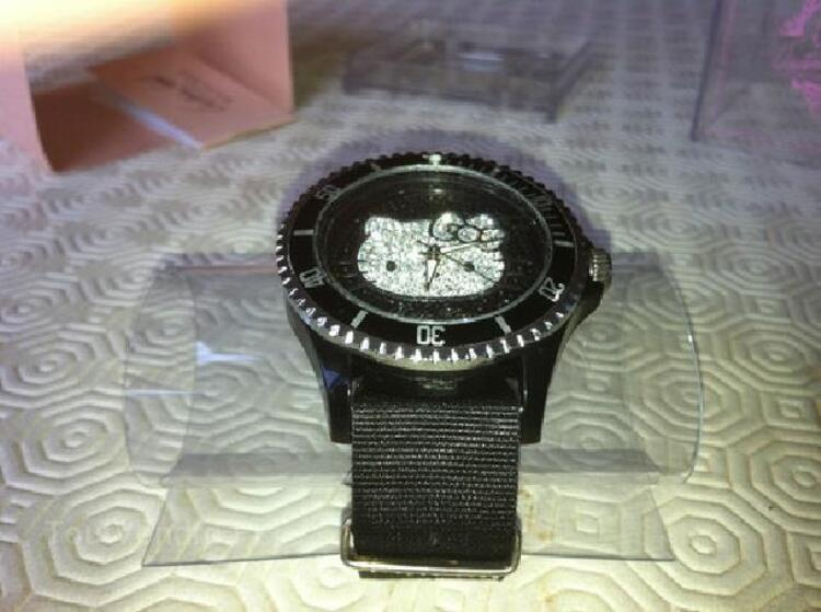 Montre hello kitty by victoria couture noire 97120761