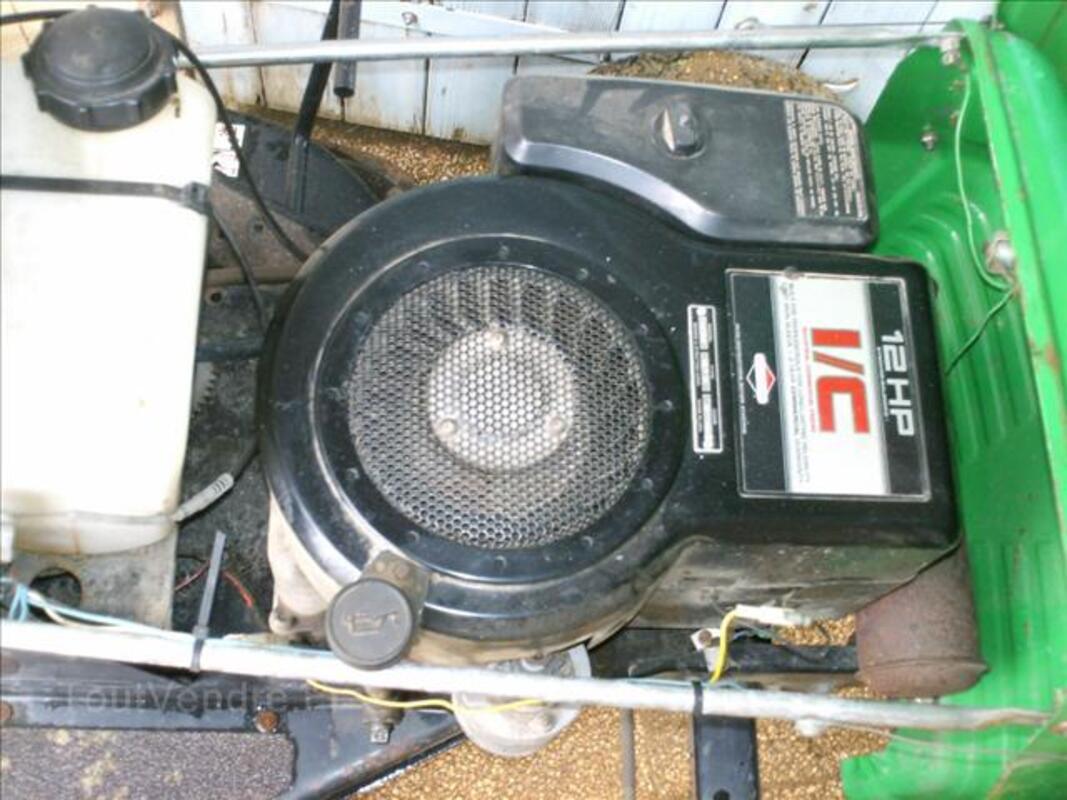 Moteur 12HP tracteur tondeuse ( bonne ètat de marche ) 71322263