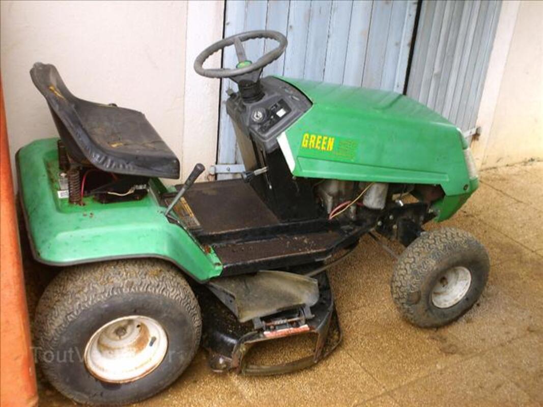 Moteur 12HP tracteur tondeuse ( bonne ètat de marche ) 71322264