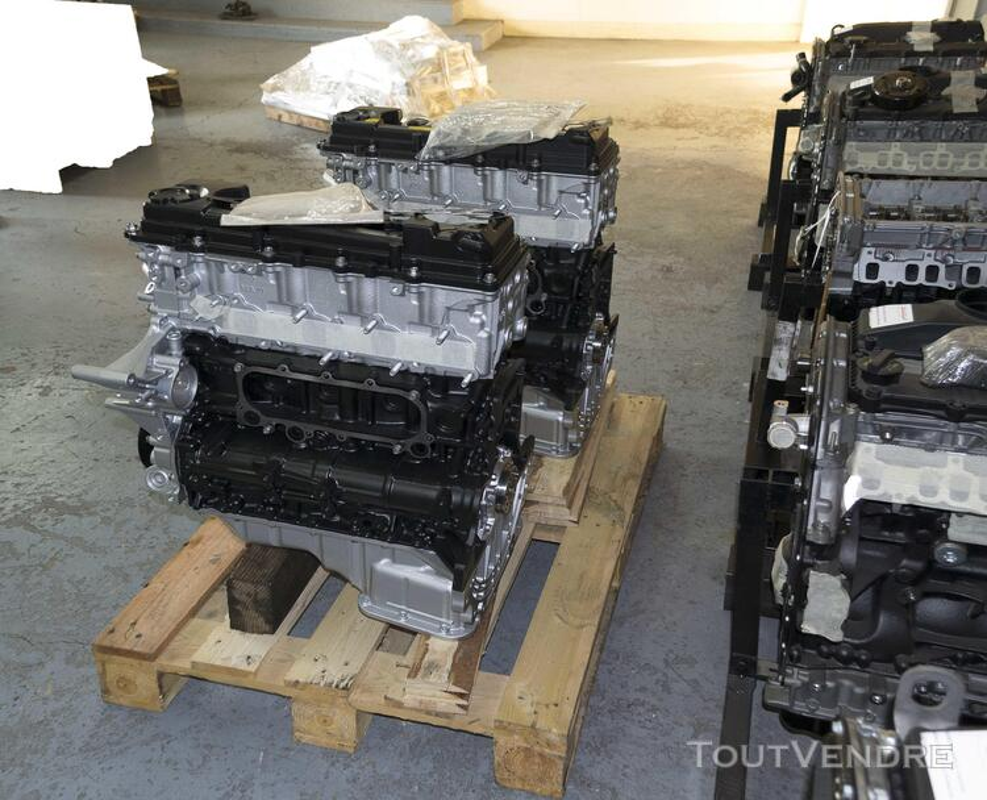 Moteur Nissan atleon 163282296